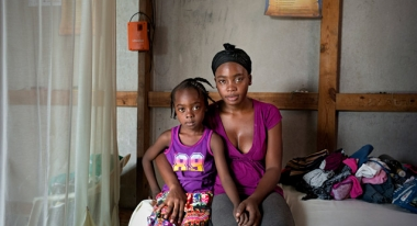Hélène is one of the many mothers our teams have helped through cash grants. Photo: ACF-Haiti, Gael Turine/VU