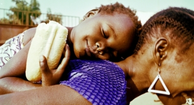 Mother and Child in Angola. Credit: M. Espriu