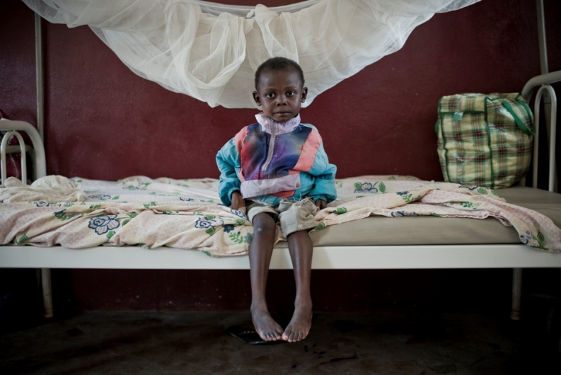 A child in the General Hospital of Bangui. Credit: S. Dock