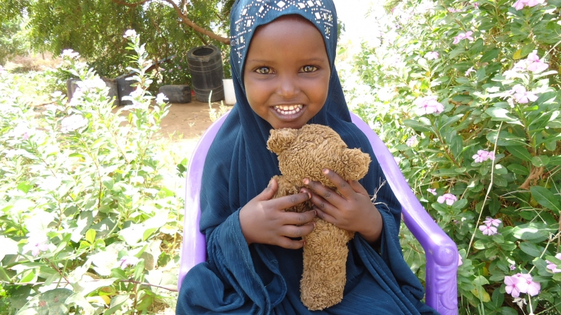 Little Siham, from Kenya