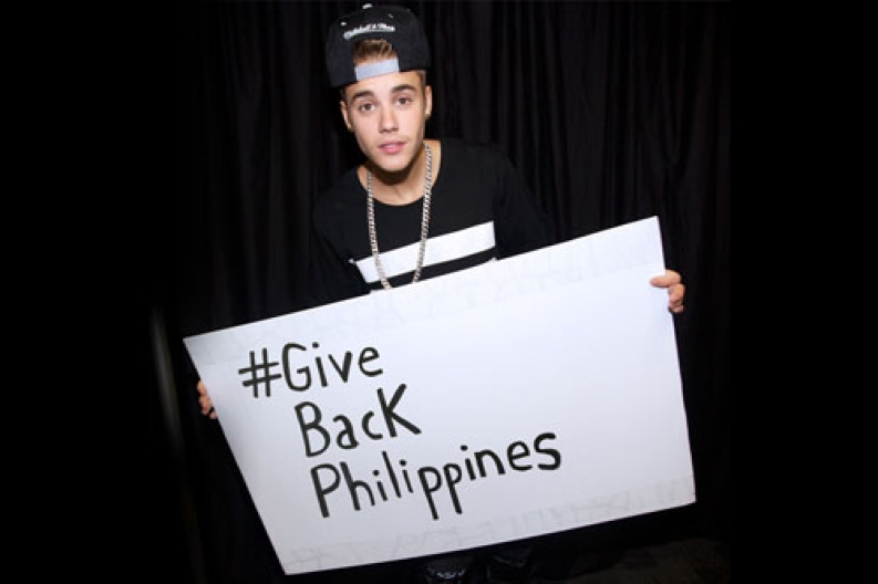 Justin Bieber asking his fans to give to support Philippines relief efforts. Photo courtesy: Prizeo.com