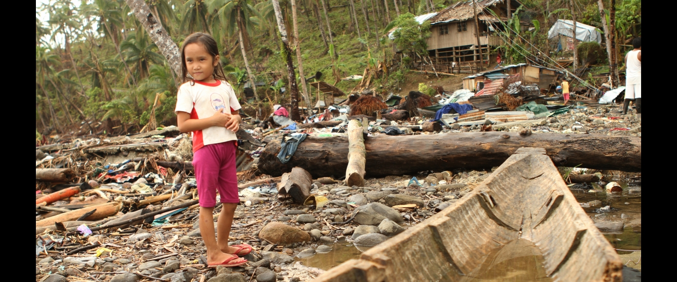 Child after the Philippines typhoon
